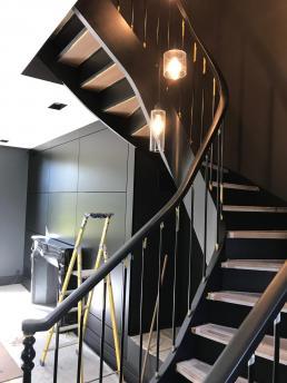 Be Chroma - montée d'escalier
