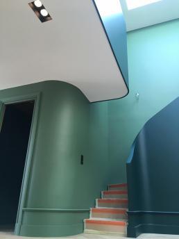 Be chroma - cage d'escalier en nuance de vert